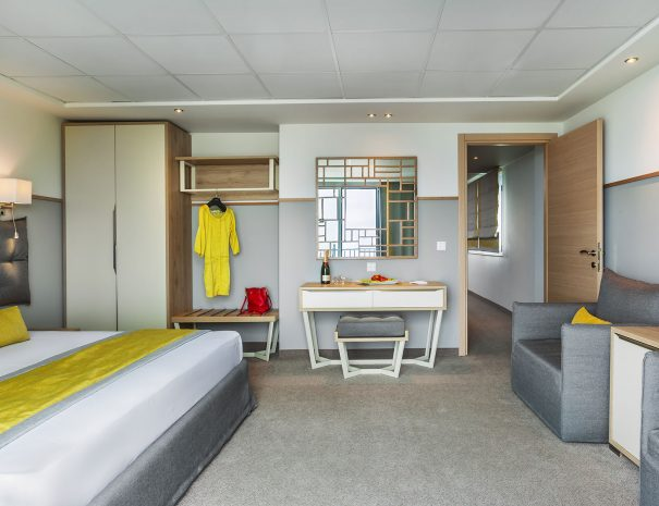 Junior Suites (2 rooms)